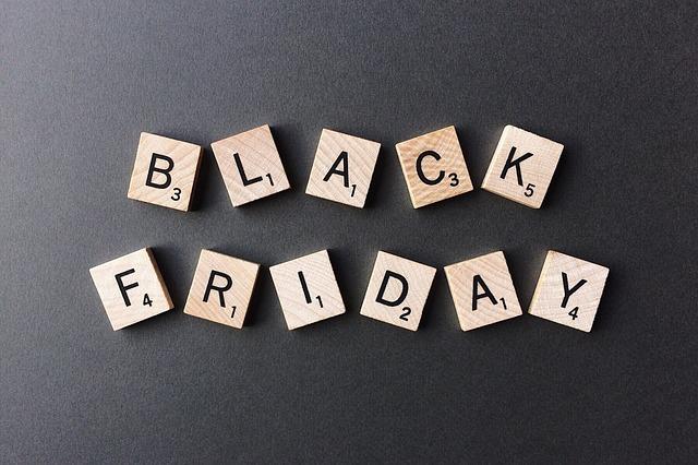 Disse ting skal du gå efter på Black Friday, hvis du mangler en gave til ham